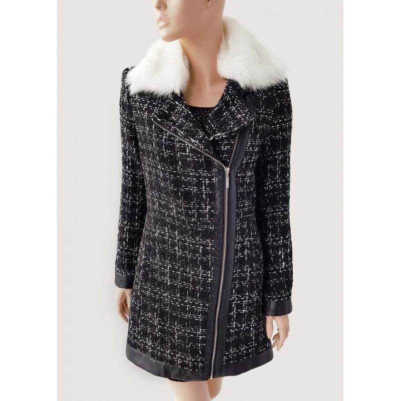 WINTER SALE | Woman - Black coat with white faux fur collar Gaudì